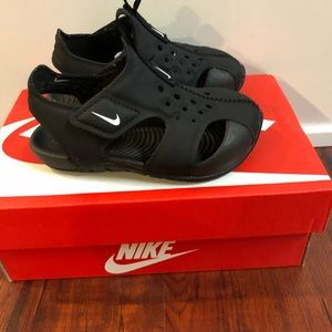 Nike Black Sandals Toddler 5